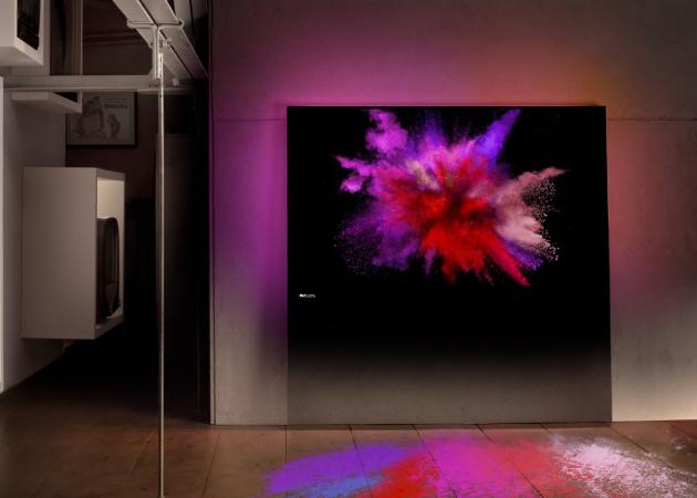 Philips-DesignLine-LED-HDTV-2