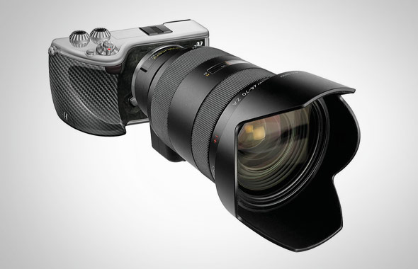 Hasselblad-Lunar-Camera-03