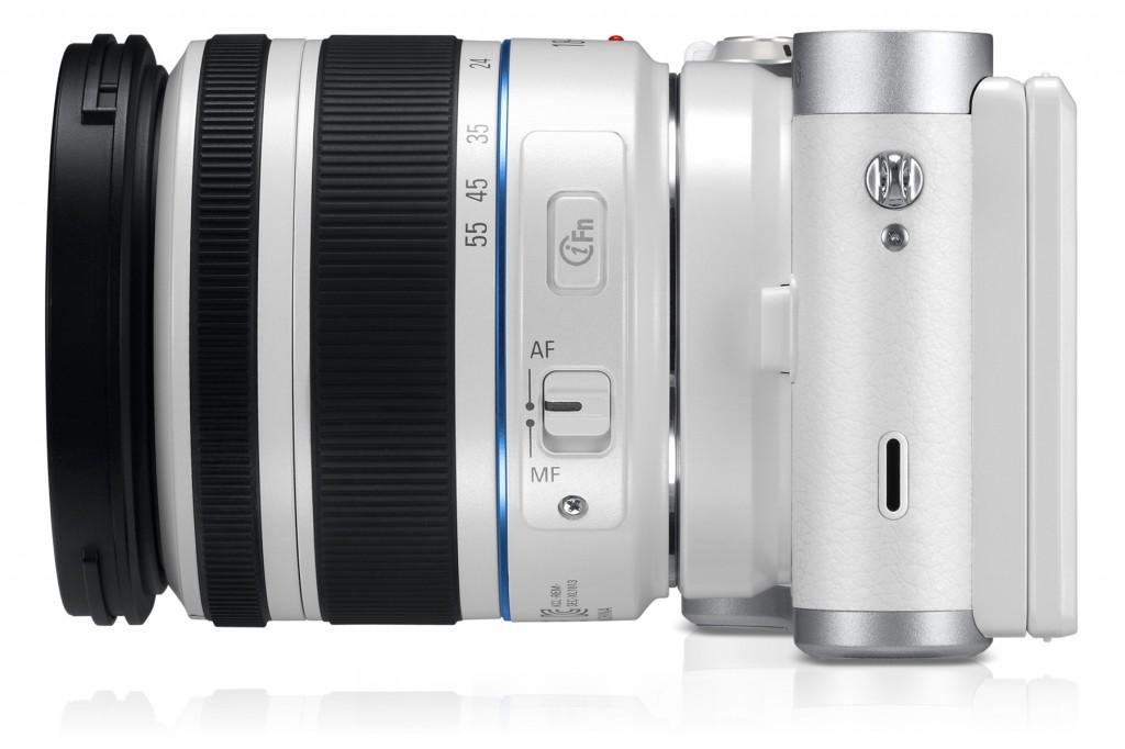 uk_EV-NX300ZBATGB_542_Right-with-Lens_white
