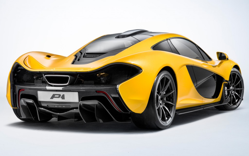 McLaren-P1-rear-side-view-1024x640