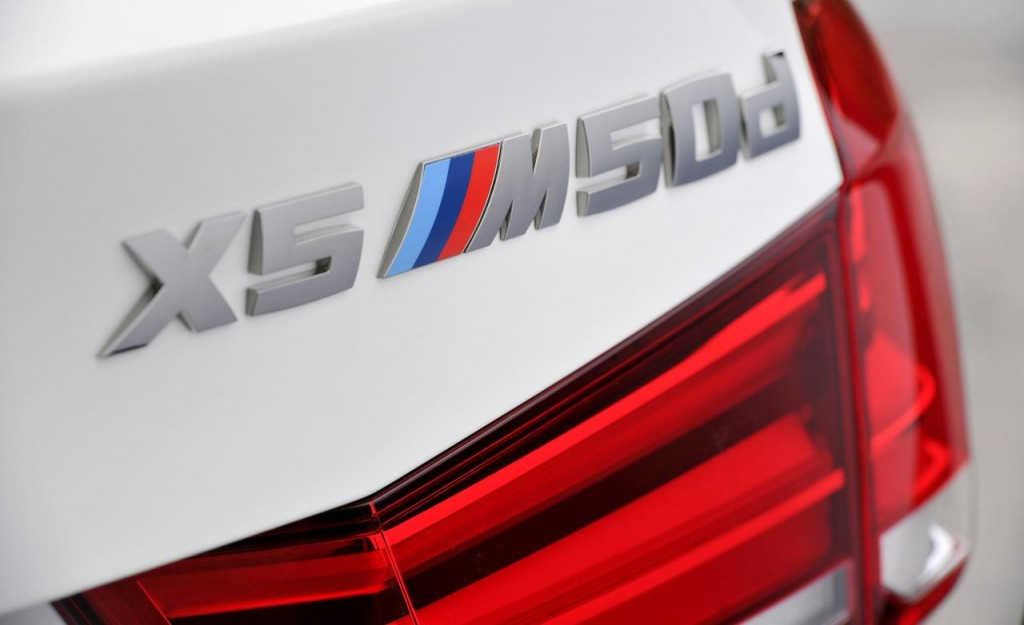 2014-bmw-x5-m50d-euro-spec-badges-and-taillight-photo-534967-s-1280x782