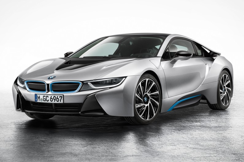 BMW-i8-Coupe-left-front-1-796x528