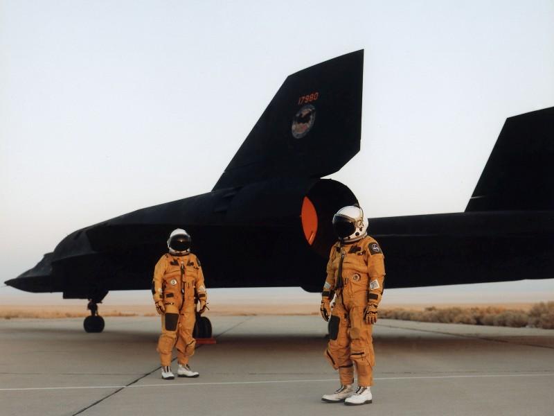 Sr-71-Blackbird-Pilots-600x800