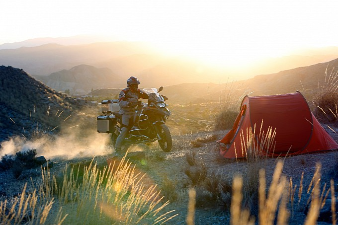 100-pictures-of-the-2014-bmw-r1200gs-adventure-photo-gallery-medium_57