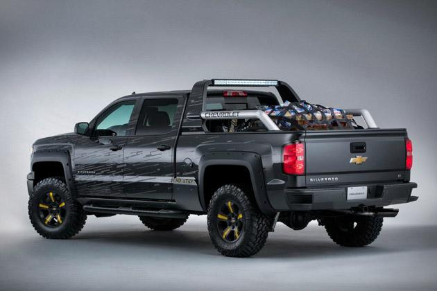 2014-Chevrolet-Silverado-Black-Ops-Concept-2