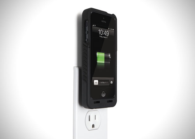 PocketPlug-Charging-Case-for-Apple-iPhone-5-3