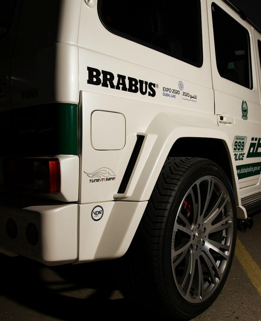 700-hp-brabus-mercedes-g63-amg-becomes-dubai-police-car-photo-gallery_3