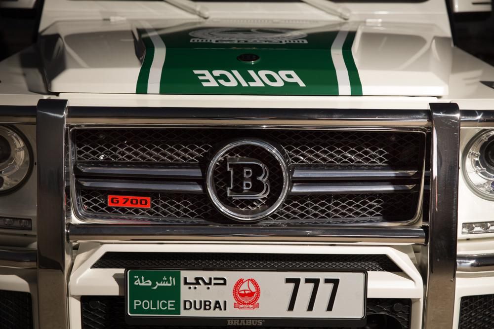 brabus-b63-s-700-widestar-mercedes-benz-g63-amg-dubai-police_100444996_l