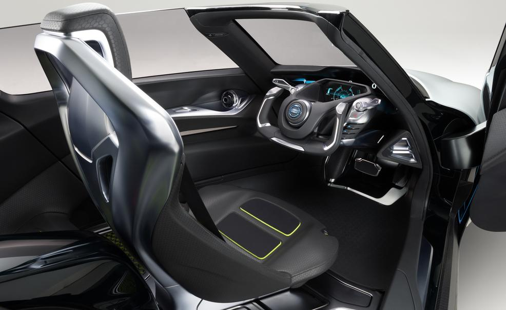 nissan-bladeglider-concept-interior-photo-552368-s-986x603