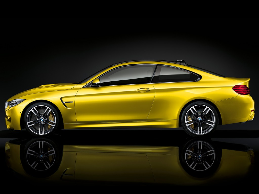 BMW_M4_Coupe_06_1600x1200