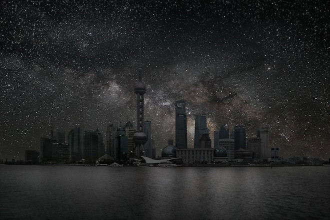 shanghai-darkened-cities-by-thierry-cohen-660x439