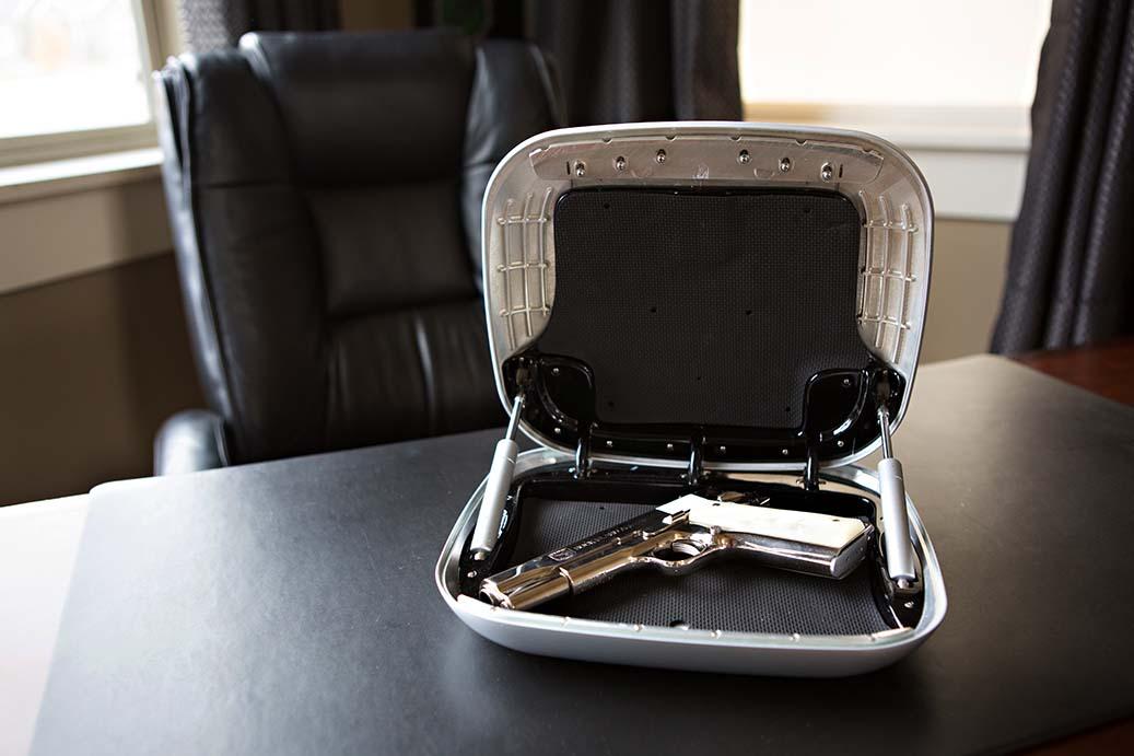 The gun box 5