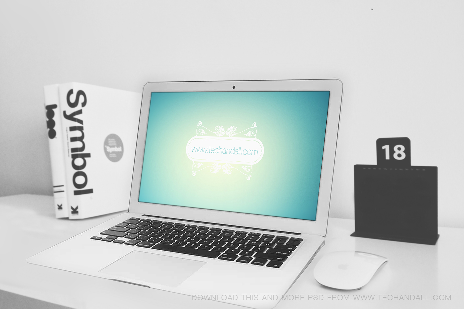 techandall_macbook_airMockup_L